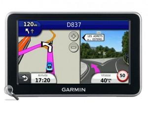vente flash GPS Garmin Nuvi 2440