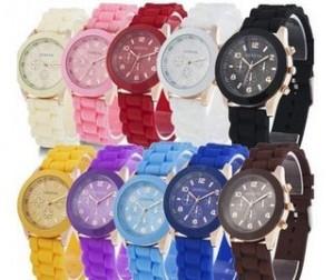 Moins de 2 euros 50 la montre Geneva Unisex