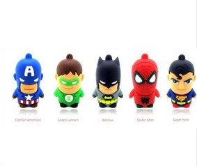 Clé USB 64 Go Comics à seulement 8,40 euros (Superman, Batman, Spiderman, Captain America, Green Lantern)