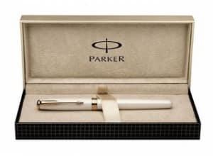 Moins de 100 euros le Stylo plume Parker plume en or massif