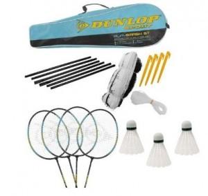 kit de badminton Dunlop comprenant 4 raquettes, des volants et un filet le tout dans un sac pour 17,46 euros