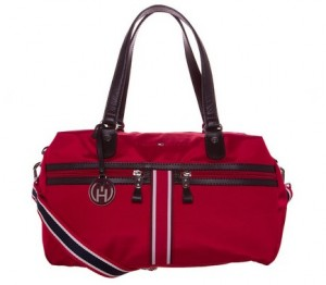 sac a main rouge Tommy Hilfiger a 48 euros