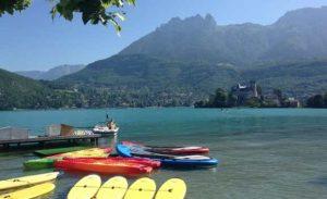 Location canoë sur le lac d'Annecy à moitié prix