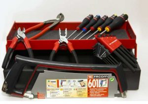 boîte à outils Facom en métal avec 18 Outils