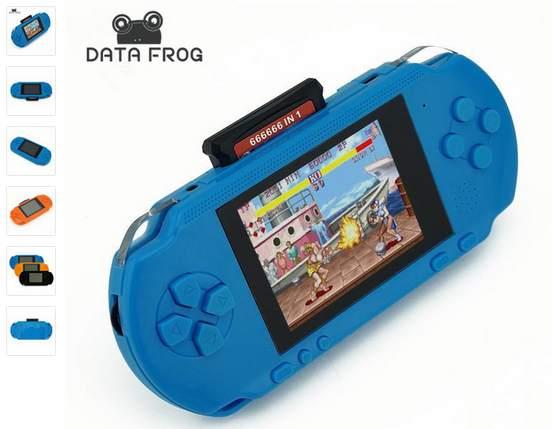 console portable avec 200 jeux inclus