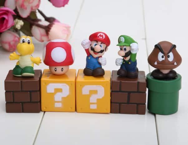 Ensemble de 5 figurines Super Mario à gagner