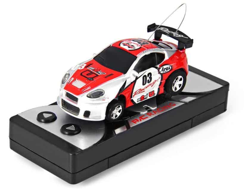 mini voiture à télécommande à moins de 4€