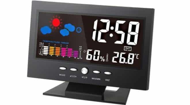 Moins de 7€ horloge multifonctions couleur (température, humidité, alarme)