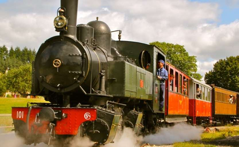 Train Touristique VELAY-EXPRESS