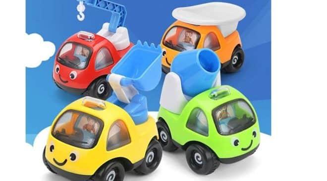 3,42€ le lot de 4 véhicules de chantier sympathiques