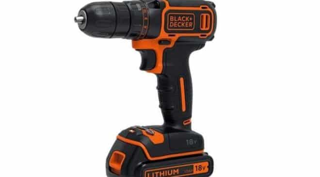 55€ la perceuse-visseuse sans fil 18V Black & Decker BDCD18K