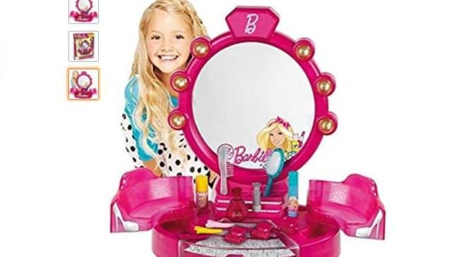 centre de beauté Barbie avec accessoires Klein pas cher