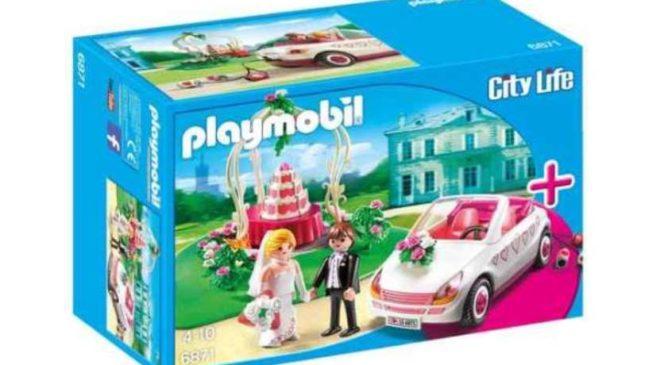 voiture et couple de mariés Playmobil City Life en soldes
