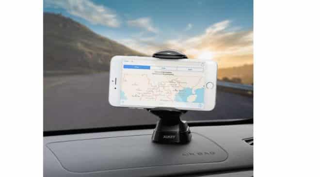 support smartphone de tableau de bord (ventouse) rotatif Aukey
