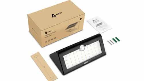 lampe solaire extérieur 38 LED avec détecteur de mouvement AUKEY