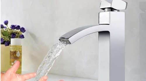 robinet salle de bain effet cascade chromé Homelody