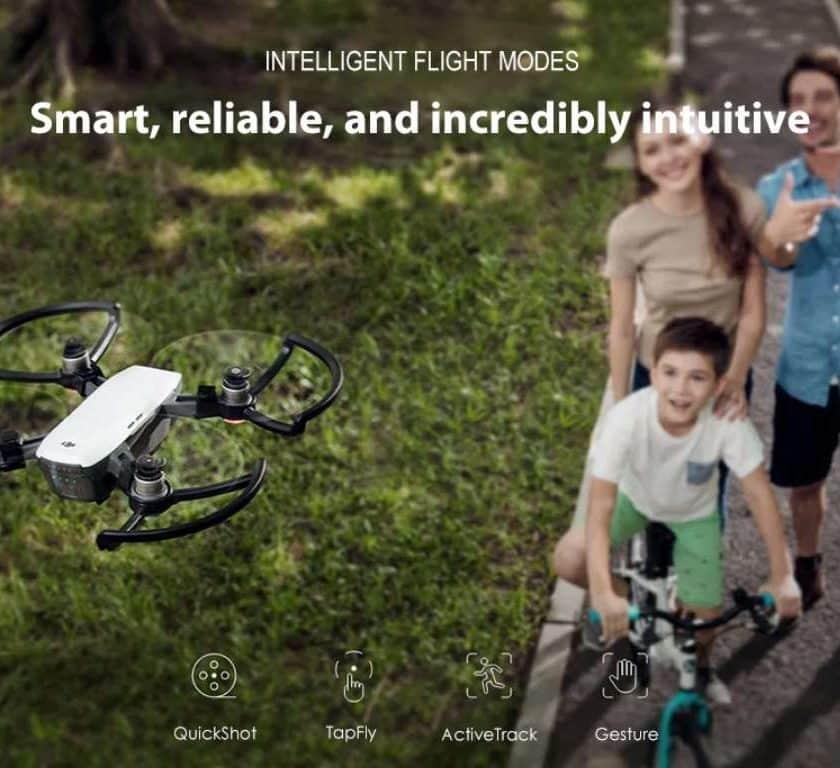 Vente flash drone DJI Spark Mini RC caméra 12 mpxls, mode selfie, contrôle gestuel, nacelle mécanique.