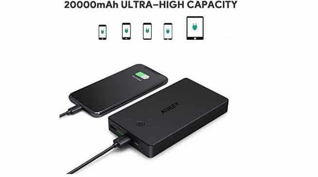 batterie externe 20000mAh Aukey Micro USB et Lightning)