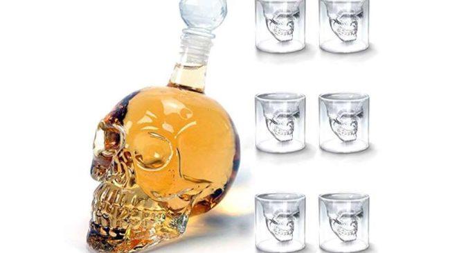 promotion bouteille en forme de crane et 6 verres