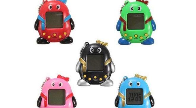 porte clé jouet électronique type Tamagotchi