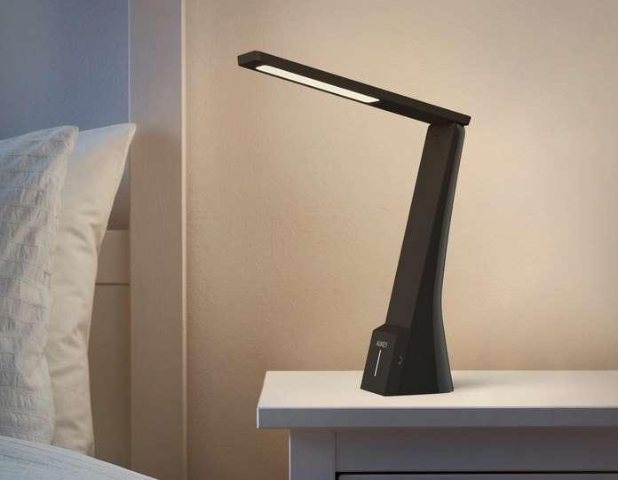 lampe de bureau rechargeable USB Aukey