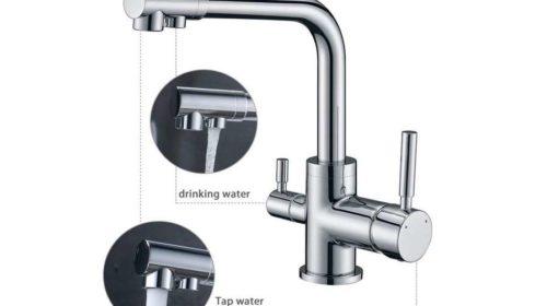 robinet de cuisine avec 2 sorties d'eau
