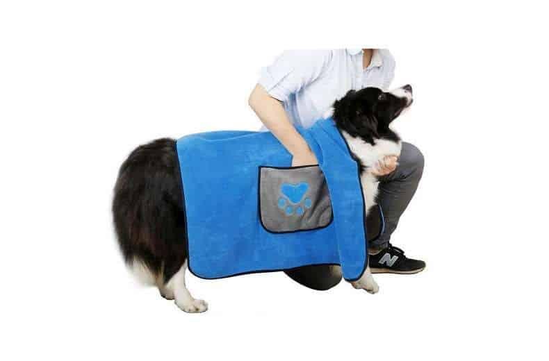 peignoir serviette pour chien ou chat Dadypet en microfibre