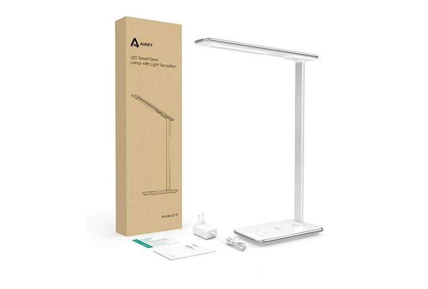 lampe de bureau tactile avec prise USB + réglage intensité Aukey LT-T7