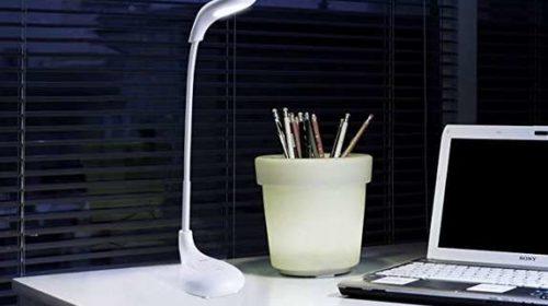 lampe de bureau blanche Aukey LT-ST4 avec batterie rechargeable intégrée