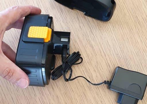 adaptateur allume cigare compresseur portable Autowit (16)