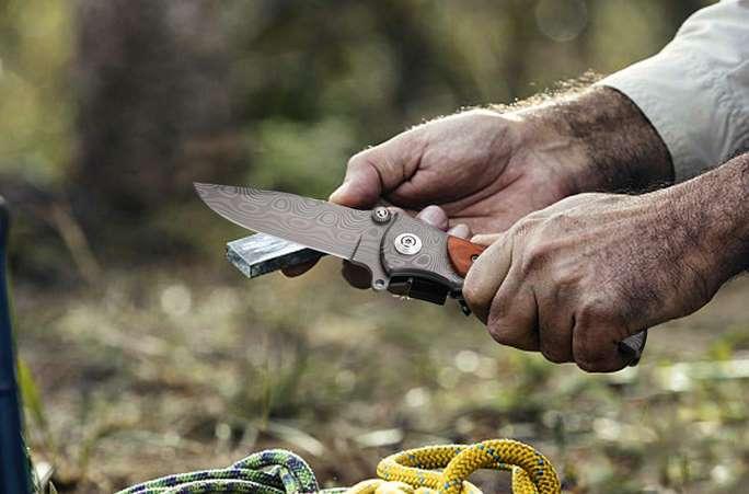 couteau pliant de poche GVDV acier haute résistance 7Cr17