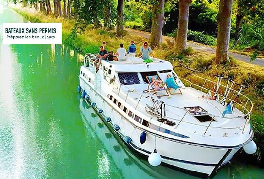 Offre de croisière en bateau sans permis à tarif réduit en vente privée