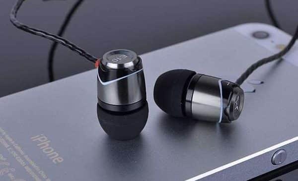 écouteurs Intra Auriculaires Aluminium Soundmagic E10