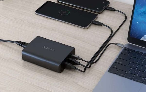 Station De Charge Usb C Power Delivery 60w Et 2 Ports Usb 12w Aukey Pa Y12