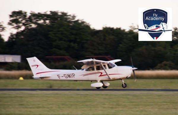 pass pilotage d'avion léger moins cher à l'aérodrome de lognes emerainville