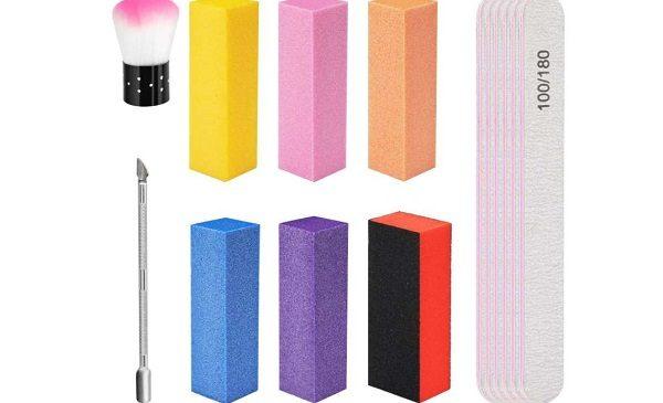 7,64€ le kit de 14 outils de manucure Wirhaut (limes, tampons, bloc de polissage..)